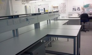 Four new workstations installed in the Past Environmental Change microscope lab