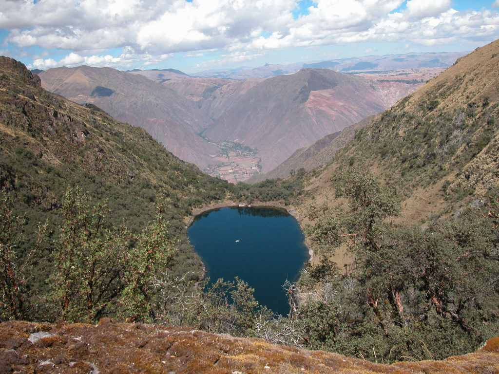 Current research within the P&L group focuses on examining past environmental change in lake sediments (Yanacocha, Peru)
